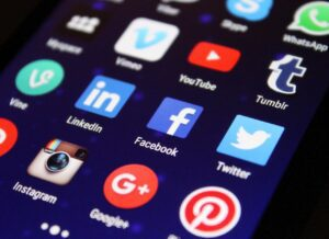 media - תוכן - דיגיטל - מיתוג - ייעוץ - עסקי